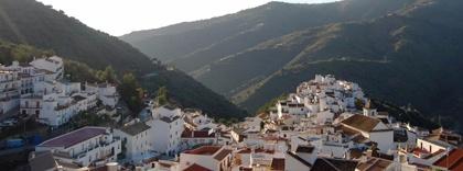 Vista de Sayalonga en la Axarquía de Málaga